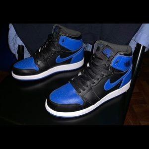 Retro Air Jordan 1s Size 6 in Boys
